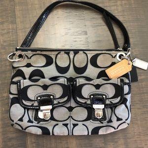 Coach signature medium purse